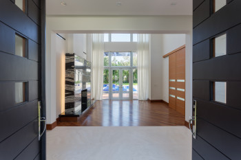 Entrance & Formal Living Room Before